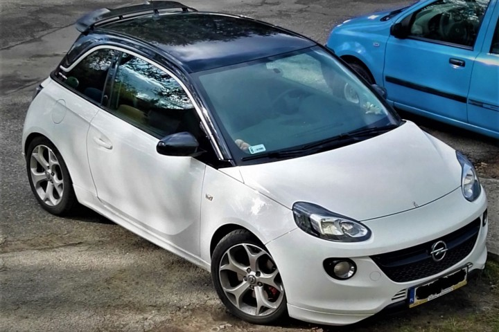 Opel adam turbo sport